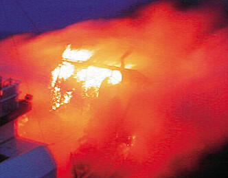 Flere båtbranner