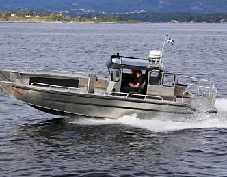 Rask og velkjørende arbeidsbåt