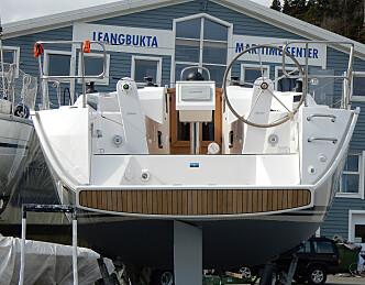 Bavaria Motorbåt tar seilbåtagenturet