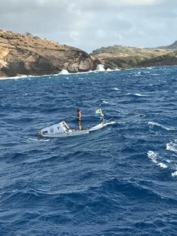 SUP: Chris Bertish ankom Antigua i Karibia etter å ha padlet i 93 døgn fra Marokko.