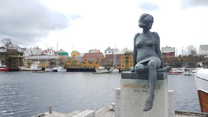 Marilyn Monroe hilser velkommen på kaia i Haugesund