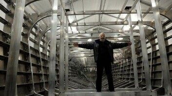 METALL: Den 80 fots lange båten vil veie 15 tonn, men lastes med nesten 30 tonn drivstoff. Båten blir bygget i aluminium.