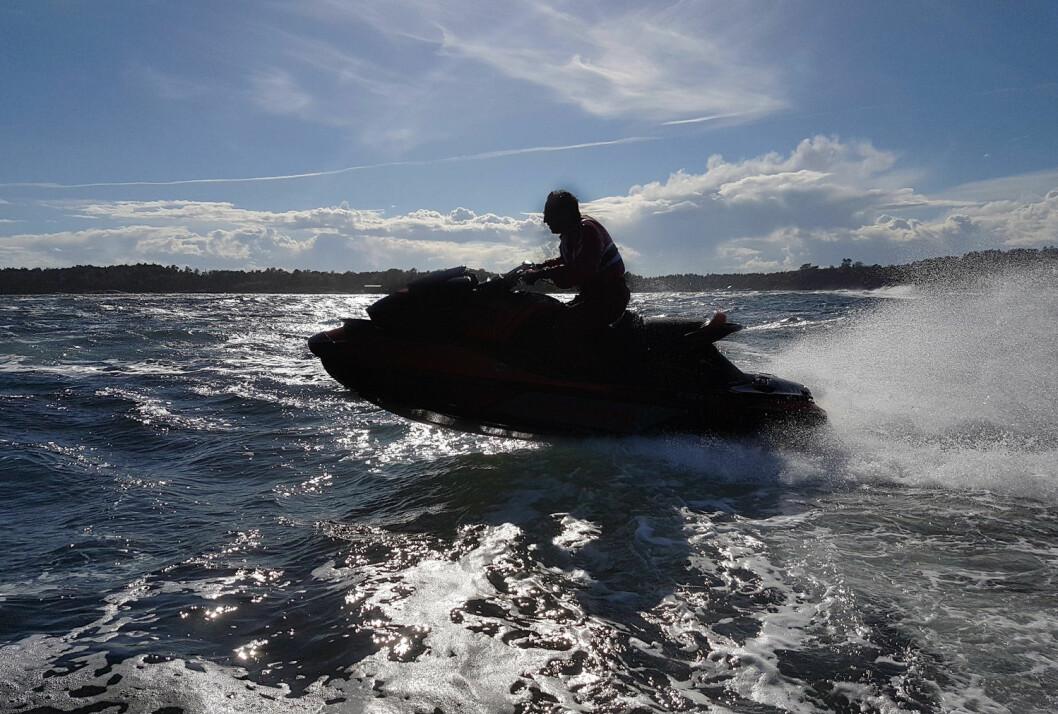 LIKESTILT: I mai ble vannscootere likestilt med den øvrige fritidsbåtflåten.