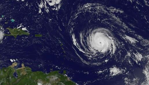 Vindkast på 82 m/sek i Karibia akkurat nå