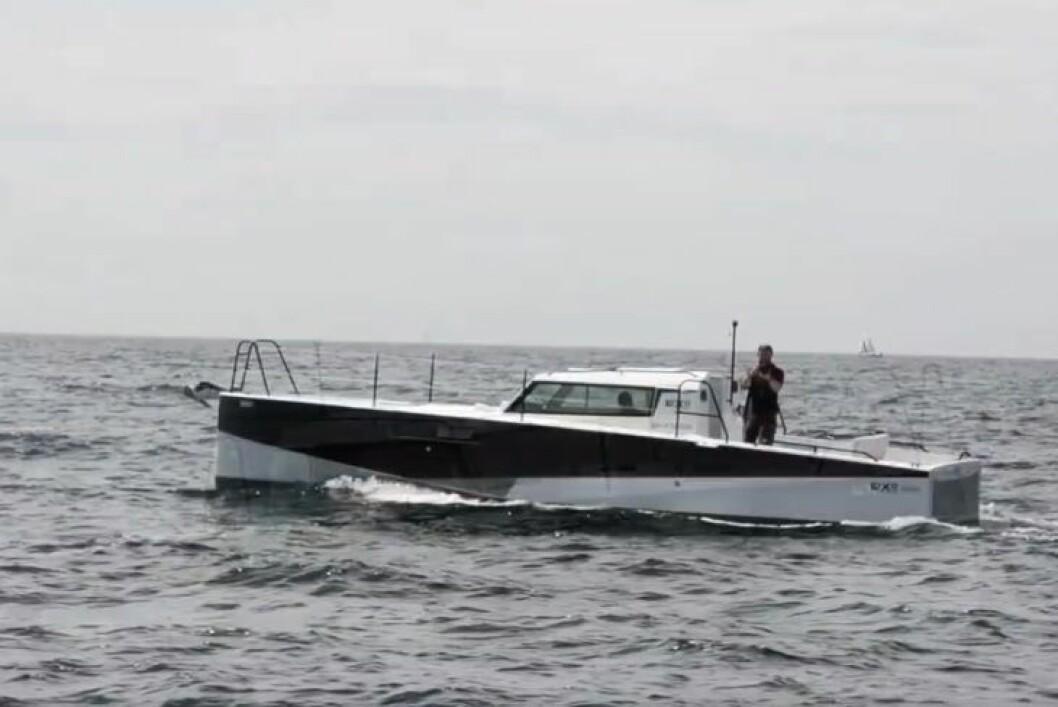 SMAL: Loxo 32 er som en seilbåt uten mast. Skroget skal være svært lettdrevet, noe som skal gi suveren drivstofføkonomi.