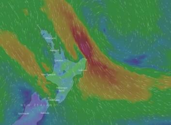 VÆR: Det har blåst 25 m/s med bølger opp mot fem meter utenfor New Zealand.
