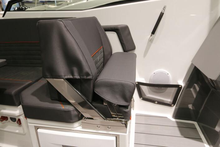 NORDKAPP 660 NOBLESSE: Passasjerstolen har fått samme komfort som en førerstol.