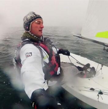 TREMING: Klann har seilt i hele vinter, her fra terningsdag i snøføyke i november.