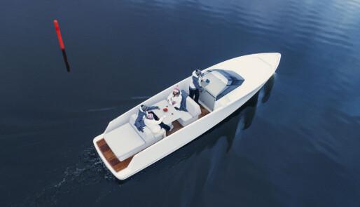 Heitmann med elbåt