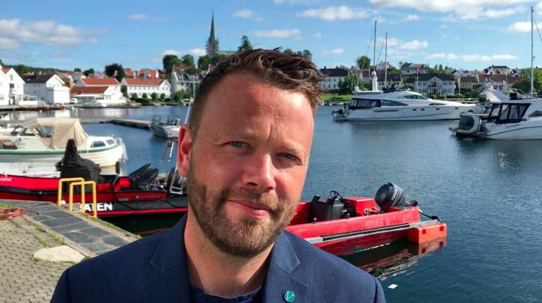 ENGASJERT SEG: Petter N. Toldnæs i Agder Venstre mener systemet er helt urimelig når barnehager ikke lenger får bruke båten sin for å lære barna om sjøen.