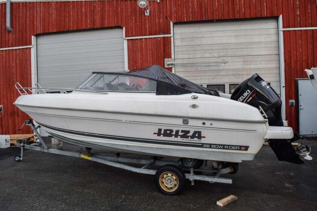 TILBAKE TIL RETT EIER: Båten som ble stjålet i Strømstad i Sverige i 2014.