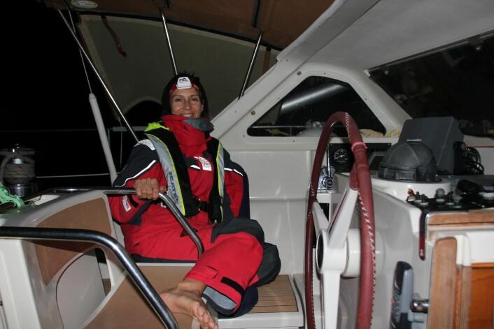 SIKKERHET: De norske seilerne måtte kjøpe  seg personlig sikkerhetsutstyr.