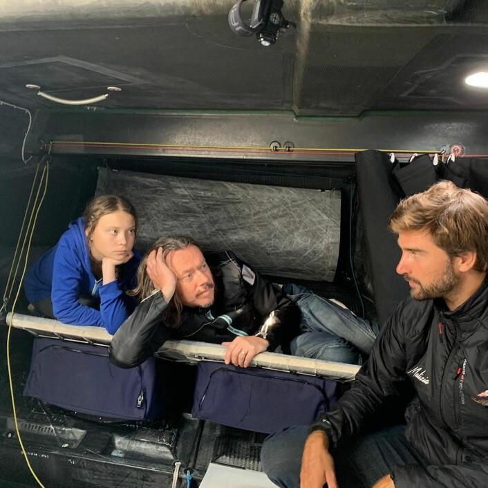 KØYE: Greta Thunberg, coskipper  Pierre Casiraghi og Boris Herrmann.