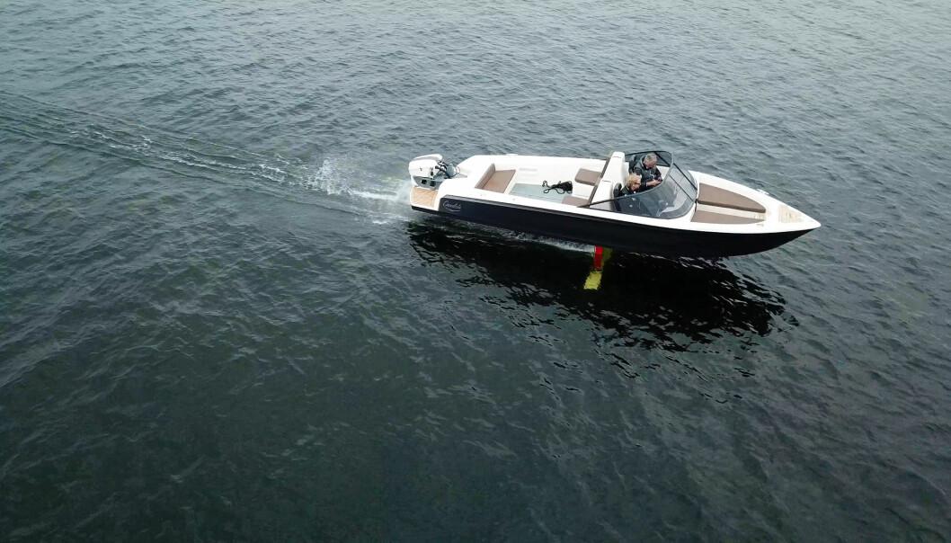 SE VIDEO: Flyvende båt med minimalt forbruk