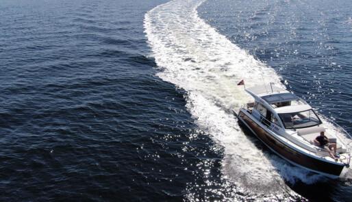 Motorstopp, måneformørkelse og møte med båtfolk