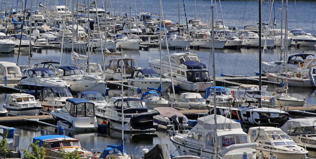 MANGE GAMLE: Det er noen hundre tusen gamle påhengsmotorer i norske farvann.