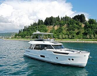 Hybridbåten lager sin egen strøm