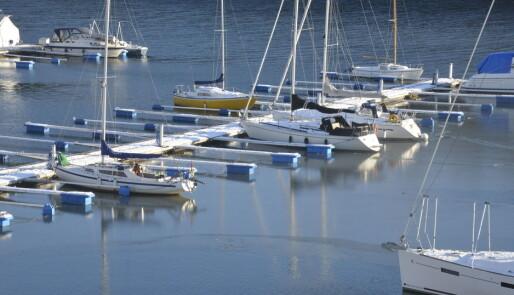 På tide med frostsikring av båten