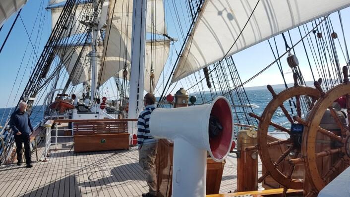 STILLHET: Uten generator blir det ingen motordur når skipet er under seil.
