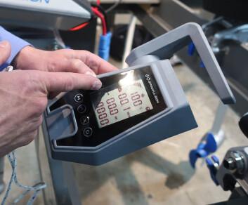 KONTROLL: På de større motorene er det innebygget GPS, og på kontrolldisplayet er rekkevidden oppgitt.