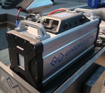 STRØM: De større motorene har ett større batteri, plassert i båten. Dette er på 3kWh, og veier 31 kg.