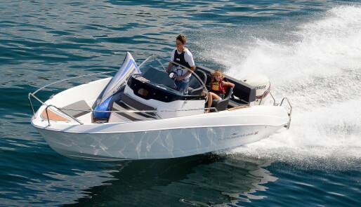 Unge båtkjøpere på markedet