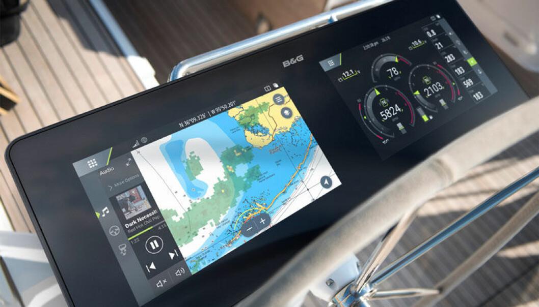 SPESIALSKJERM: Navico ID er morgendagens båtelektronikk, her med B&G-logo. De ønsker å levere løsninger tilpasset produsentens behov, elektronikk hvor det meste styres fra en stor skjerm, a la Tesla. Nå har Brunswick kjøpte det norske selskapet.