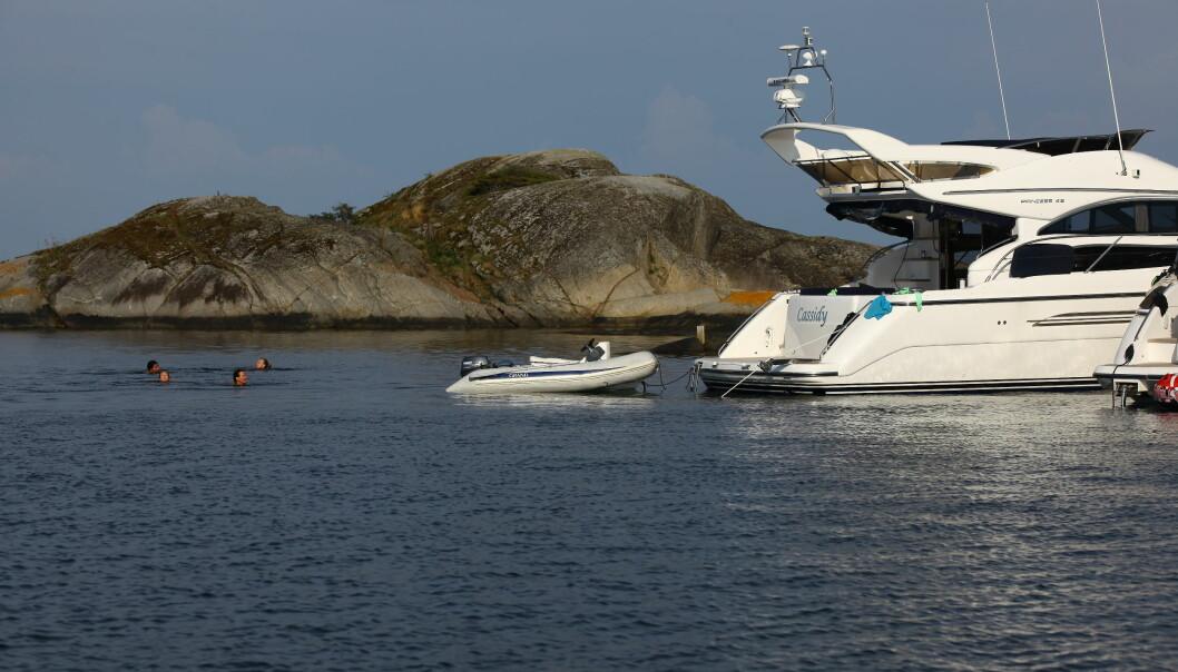 FLYBRIDGEDRØMMEN: Det finnes mange flotte flybridgebåter til rundt en million kroner på markedet.