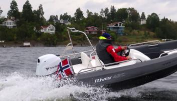 Praktisk og morsom ungdomsbåt