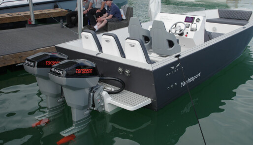 Elbåt-entusiasme på sparestrøm
