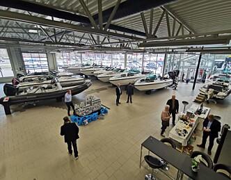 Åpnet tusen kvadratmeter båtbutikk