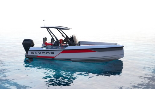 Krysser vannscooter og båt