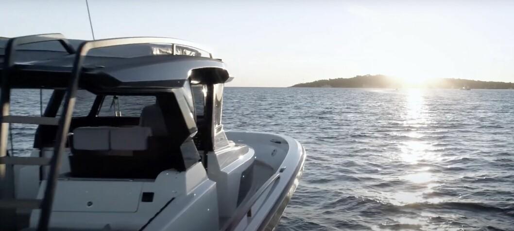 Barsk sommerbåt