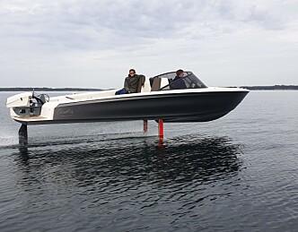 Europas mest populære elbåt har foiler