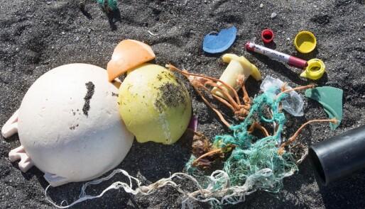 Båtfolket skal ta plasten med hjem