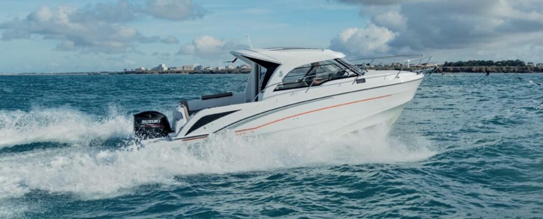 MULTIBÅT: Beneteau Antares 7 har mange bruksområder. For eksempel fisking, helgeturer, dagsturer og som pendlerbåt.