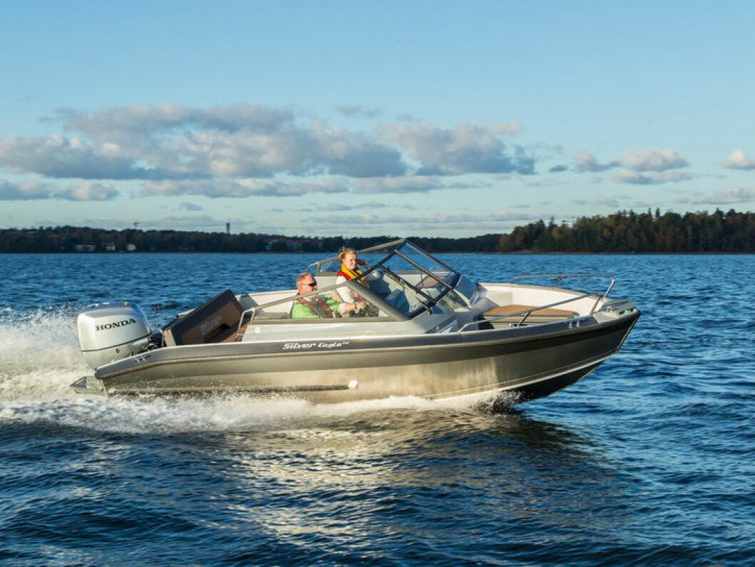 SILVER: Ny 6,40 meters bowrider fra finske Silver.