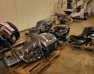 Velorganisert bande raider havner for båtmotorer