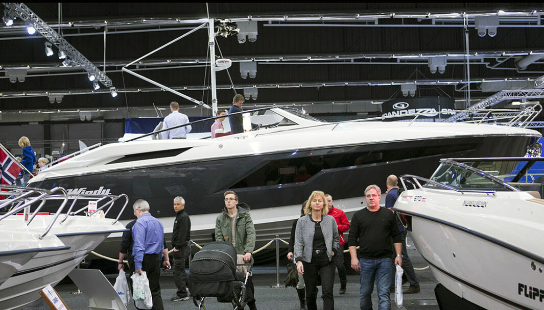 KRONEN: Den norske kronene styrkes litt etter rentehevingen i går, og båtimporten blir billigere.
