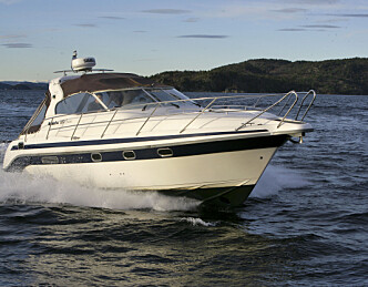 Brukt Nidelv 320 Cruiser -mye båt til under halv pris