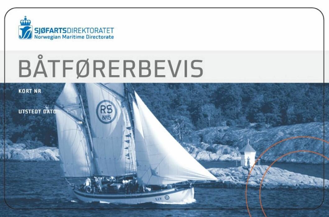 EKTE: Slik skal et båtførerbevis se ut. Båtførersentralen i Bergen utstedte ugyldige bevis på papir