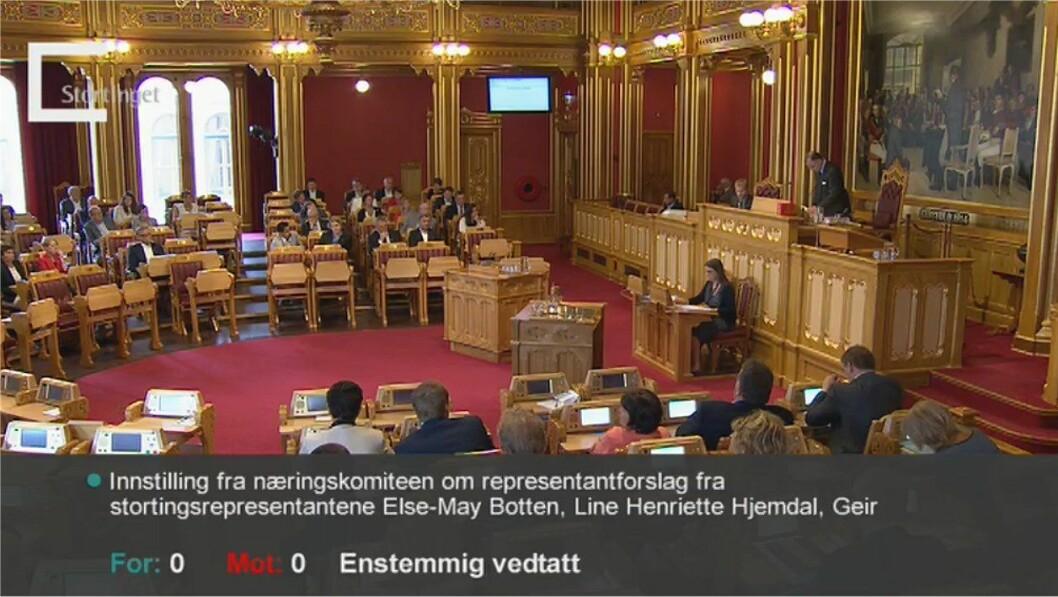 Enstemmig vedtak i Stortinget om å be regjeringen legge fram en sak i løpet av 2014 om sikkerhet på sjøen.