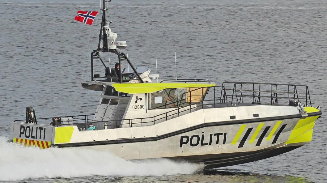 NY BÅT: Havnepolitiet i Oslo har fått ny båt. Fra jagerbroa har lovens lange arm full kontroll over Oslofjorden. FOTO: Jarl Mydland/Båtservice