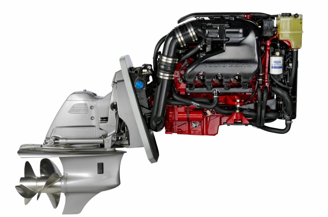 BENSINBAMSE: Nye Volvo Penta V8-430 yter 430 hk ved 5800 rpm.
