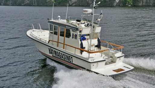 På oppdrag i ny båt