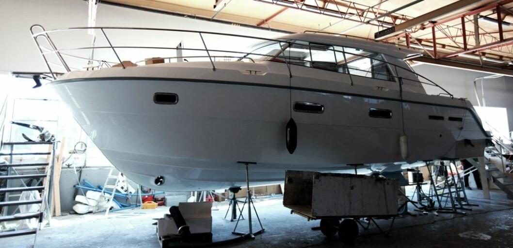 Saga 365 skal være klar til høstens messer. Denne prototypen har allerede vært på vannet og imponerte med fart på over 30 knop med VP D6.