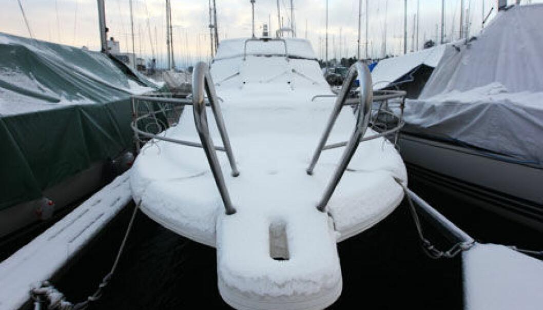 VINTER: Nå er det på tide å gjøre båten vinterklar.