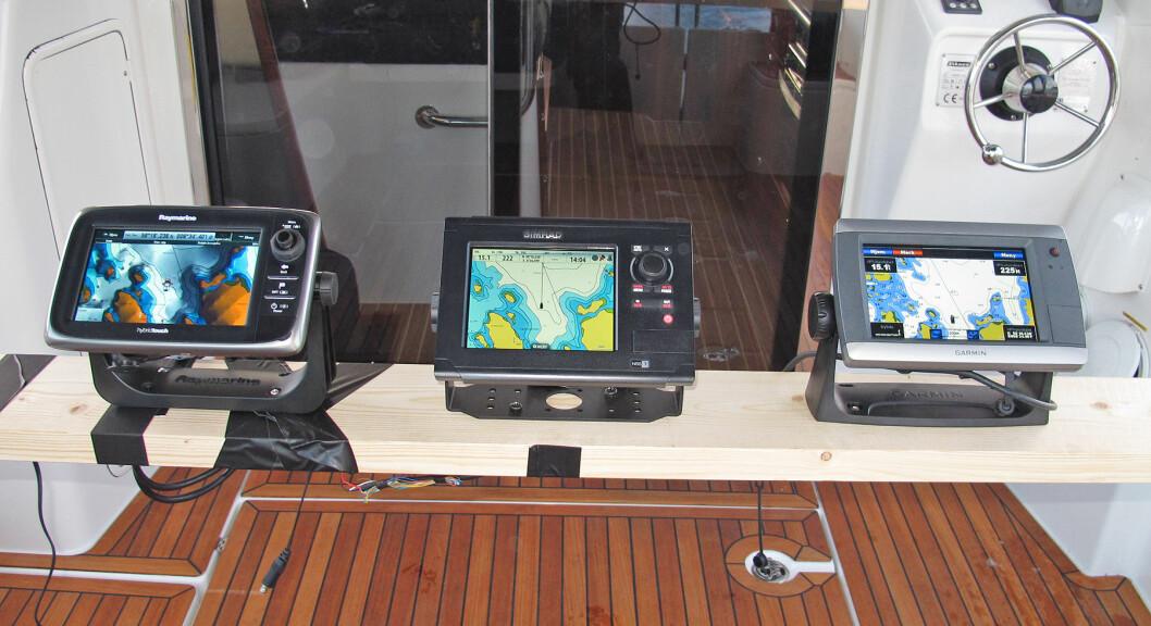 BEST på markedet: f.v Raymarine e7, Simrad NSS7 og Garmin GPSmap 720