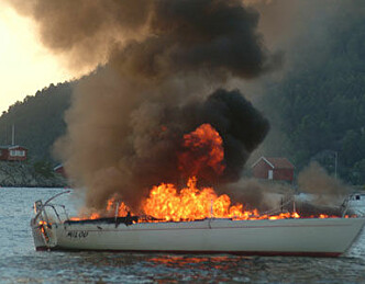 Båter brenner etter dårlig vedlikehold