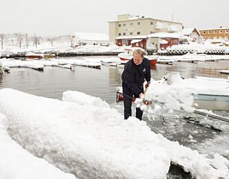 - Sjekk båten i snøværet